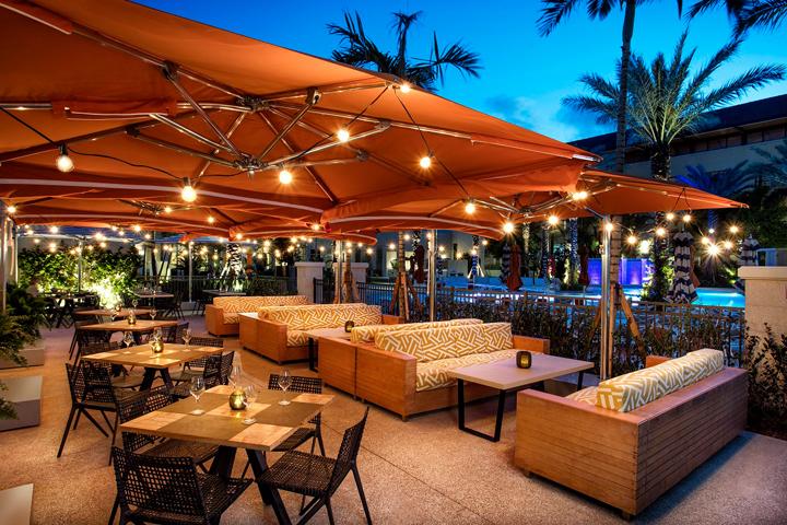 Hilton West Palm Beach_Manor Restaurant