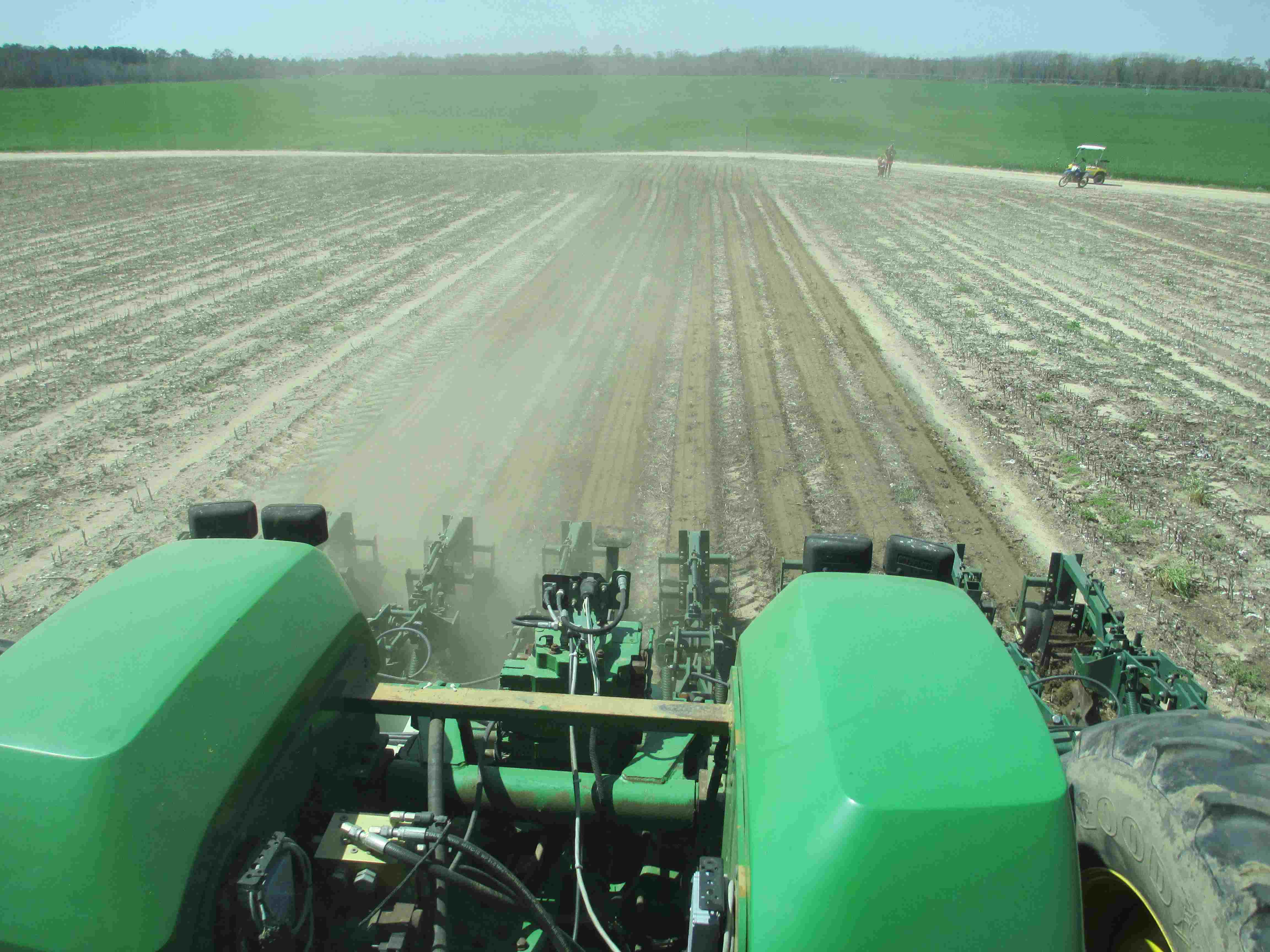 More anhydrous and strip tillage. Credit: J. Thompson