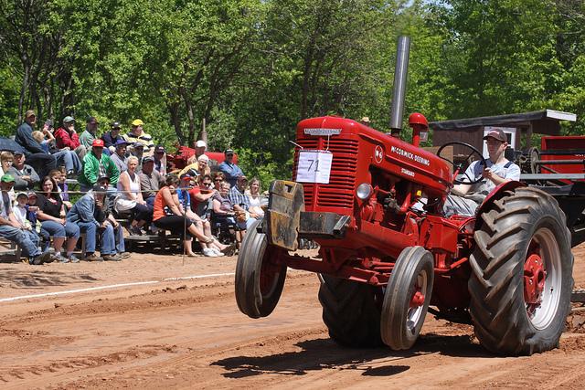 Antique Tractor Pull Tractors : Pictures of antique tractors car interior design