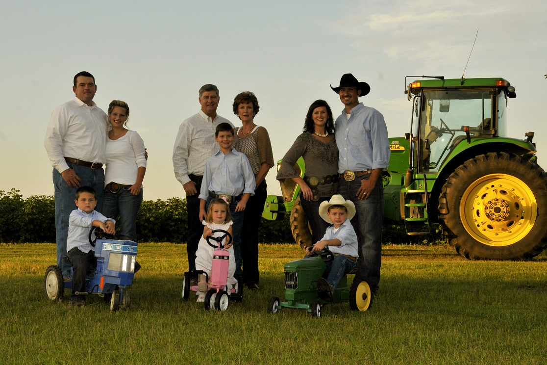 The Barton Family. Photo by Shepard Eubanks, UF/IFAS