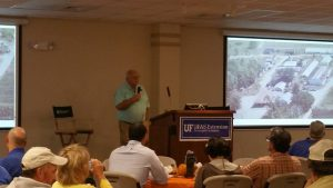 Dr. Pete Vergot welcomes attendees to the Panhandle Fruit & Vegetable Conference. Photo Credit: Libbie Johnson, UF/IFAS Extension.