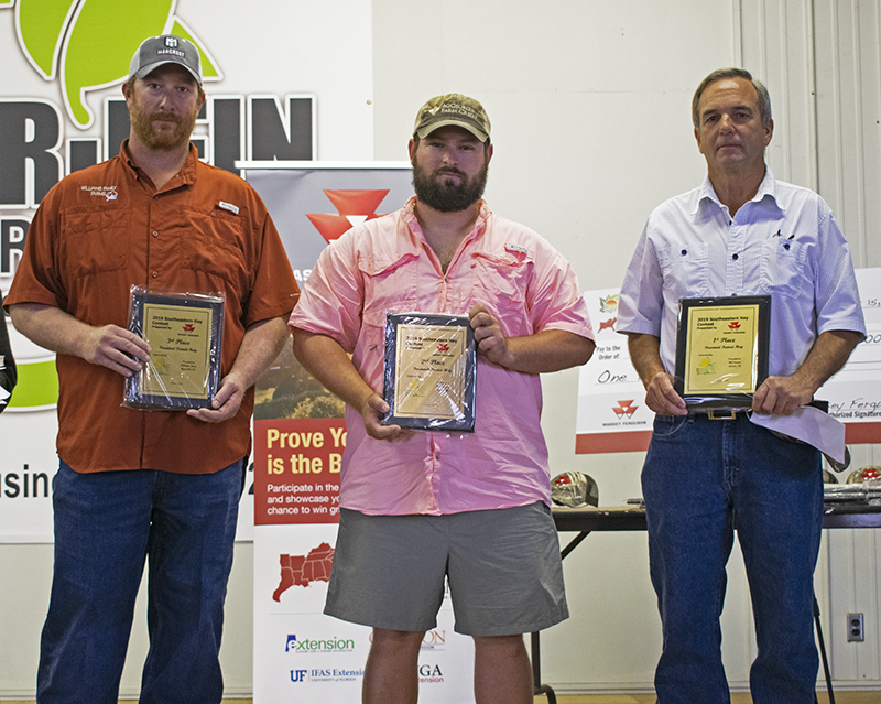 Four Panhandle Farmers and a County Agent Recognized by the 2019 Southeast Hay Contest
